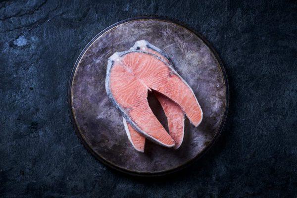 סטיק סלמון קפוא נורבגי עם עצם